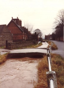 the beck in spate 1970s.jpg 2