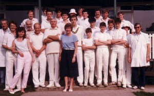 Jenny Farr and members of Thurgarton Cricket Club